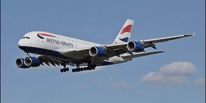 Un avión de la aerolínea británica British Airways.