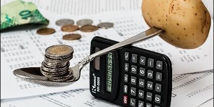Presupuesto, inversión, ahorro, impuestos.
