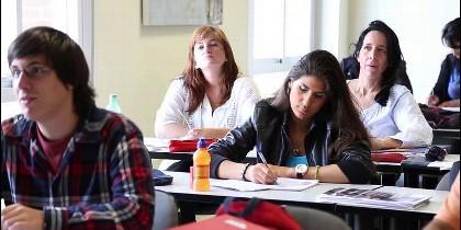 Estudiantes del CEHS