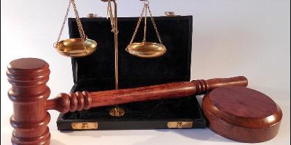 Justicia, juez, magistrado, ley y tribunal.