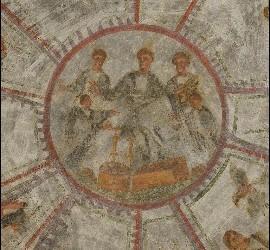 Detalle de un fresco restaurado en la Catacumba de Domitila, Roma