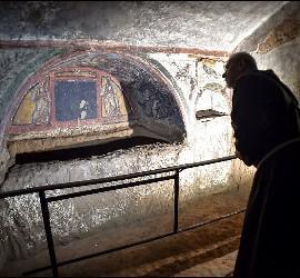 Cámara funeraria en la Catacumba de Domitila
