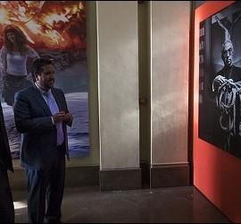 El padre Ángel visita la exposición sobre Tarancón