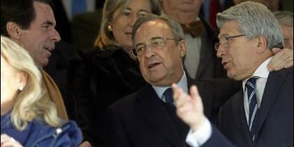José María Aznar, Florentino Pérez y Enrique Cerezo.