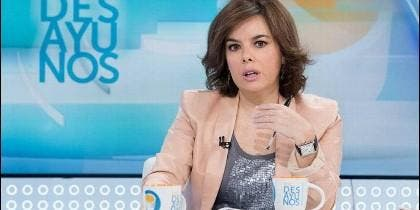 Soraya Sáenz de Santamaría, durante su entrevista en 'Los desayunos' de RTVE.