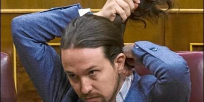 Pablo Iglesias, se ahoga en su moción de censura.