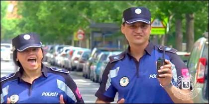 Imagen del vídeo de los policías municipales madrileños