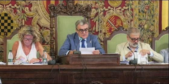 Ángel Ros, alcalde de Lérida, en el pleno municipal.