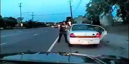 Policía mata conductor