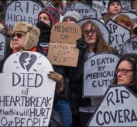 Protesta contra la reforma sanitaria de Trump