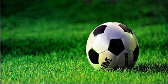 Fútbol, deporte y balón.