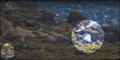 El bañista regresando al helicóptero