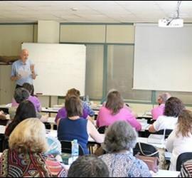 Luciano Sandrin en la Escuela de Pastoral de la Salud