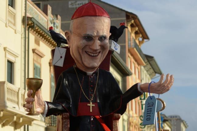 Tarcisio bertone y george pell ante los tribunales vaticano religi n digital - Inculata in bagno ...
