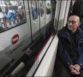 Omella, en el metro de Barcelona