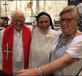 El padre Ángel, Sor Lucía y Vicky Molins