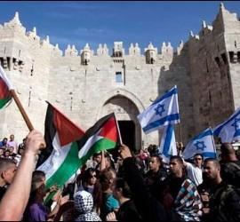 Israelíes y palestinos, en Jerusalén