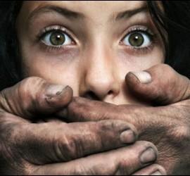 Violación, abusos, violencia y miedo.