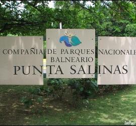 Balneario de Punto Salinas en Toa Baja, Puerto Rico
