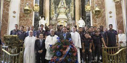 Tradicional ofrenda floral del Levante UD