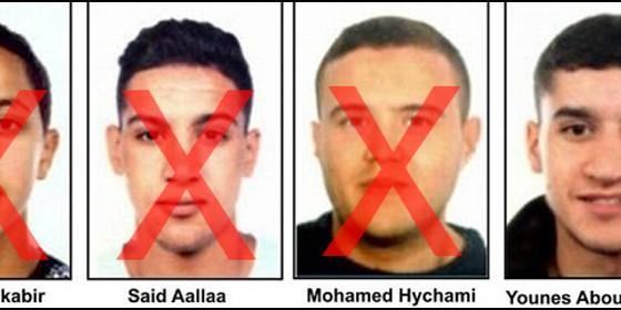 Los terroristas abatidos y el único que queda a la fuga.