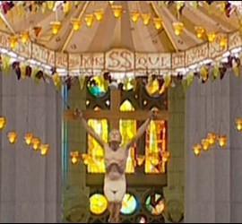 Misa en la Sagrada Familia de Barcelona