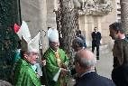 Sistach, Omella y Taltavull reciben a los Reyes en la Sagrada Familia