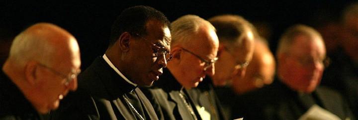 Los obispos USA, ante el ascenso supremacista