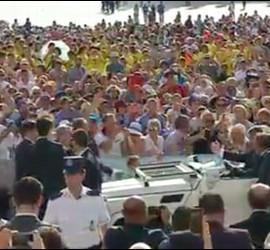 El Papa, ante los fieles