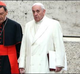 El cardenal Rubén Salazar, arzobispo de Bogotá, con el Papa Francisco