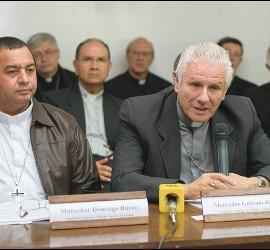 Monseñor Gonzalo de Villa, presidente de los obispos guatemaltecos