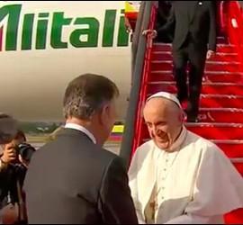 El Papa ya está en Colombia