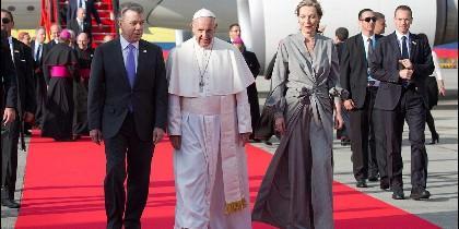 Papa y presidente Santos
