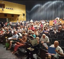Público en el congreso de la Asociación Juan XXIII sobre mujeres y religión