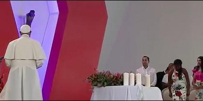 Francisco ante el Cristo
