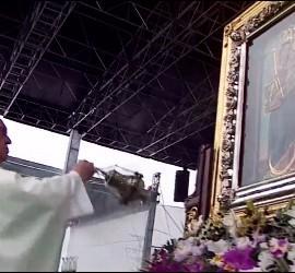Francisco, durante la misa