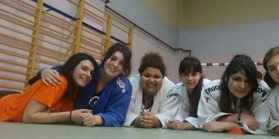 El equipo femenino de judo KOBE