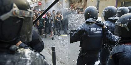 Disturbios provocados por okupas anarquistas ligados a la CUP