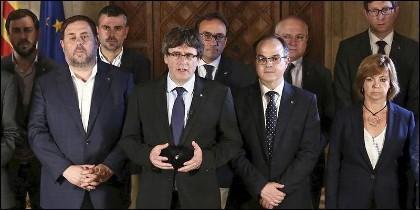 Carles Puigdemont y su gobierno golpista.