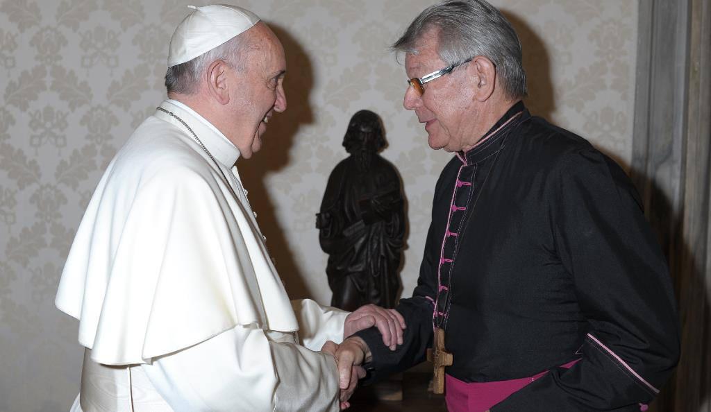 El Papa y Krautler