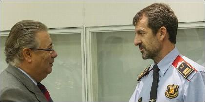 El ministro Zoido con Ferrán López, jefe de los Mossos d´Esquadra.