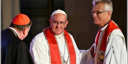 Francisco, con los luteranos