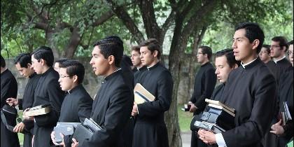 Jóvenes Legionarios de Cristo