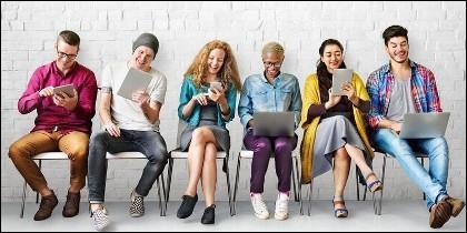 Millennials, tecnología, redes sociales, movil, tablet y ordenador.