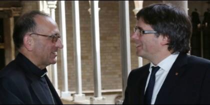El cardenal Omella, con el ex-presidente Carles Puigdemont