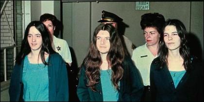 Familia Manson: Susan Atkins, Patricia Krenwinkle y Leslie Van Houten.