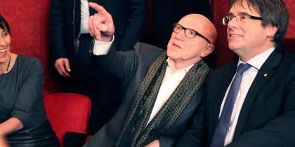 Puigdemont, junto a su abogado
