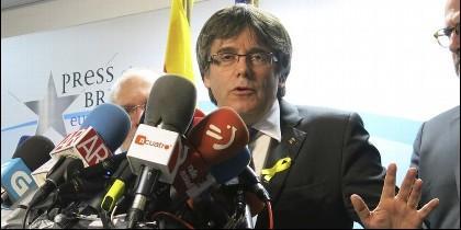 Carles Puigdemont, expresidente autonómico de Cataluña, prófugo en Bruselas.