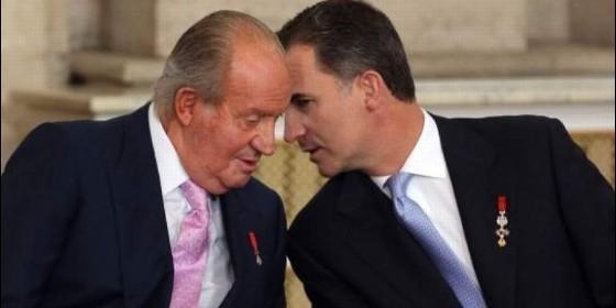 El Rey Felipe y su padre el Rey Don Juan Carlos Pascua Militar