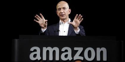 Jeff Bezos durante una presentación de los nuevos dispositivos de Amazon.